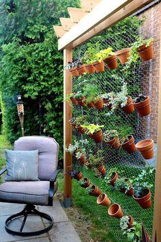 CAFÔFU - ATELIÊ DE ARTE Inspirações coletadas da internet relacionadas com decoração de jardim (plantas e flores) e postadas no meu blog. Quer saber mais do Cafôfu Ateliê de Arte? Você também nos encontra nas redes e mídias sociais: cafofuateliedearte@gmail.com https://www.youtube.com/user/vivilela14 https://www.facebook.com/cafofuateliedearte/ https://www.instagram.com/cafofuatelie/