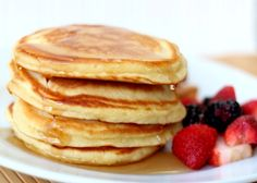 Easy Recipe for The Best Pancakes--2 2/3 cups sifted flour-- 6 tsp baking powder-- 1 cup of sugar-- 1 tsp. salt-- 4 eggs, beaten-- 2 cups of milk-- 4 tbs. cooking oil