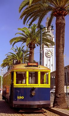 San Francisco - Ferry Terminal Building & F-Train