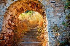 Google Image Result for http://us.123rf.com/400wm/400/400/sborisov/sborisov1107/sborisov110700064/9950261-stairways-to-the-palamidi-fortress-nafplio.jpg