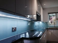 Colour Gl Splashback Designed And Installed By Creogl Design London Uk View