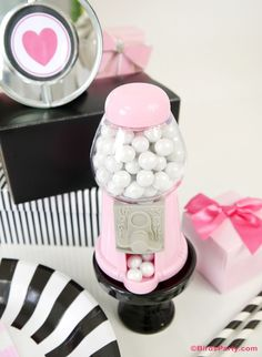 Super cute mini gumball machines place-card holder