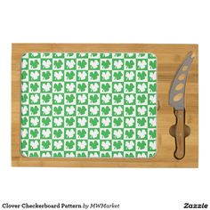 Clover Checkerboard Pattern Rectangular Cheeseboard