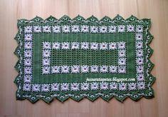 Jussara tapetes: Tapete verde bordado duplo - T27