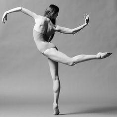 Sylvie Guillem stunning