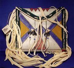 Leather-POUCH-PARFLECHE-ENVELOPE-Native-American-BLACKFEET-Plains-Indian-Bag n.d.