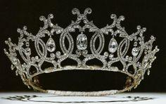 Tiara Mania: Portland Diamond Tiara by Cartier