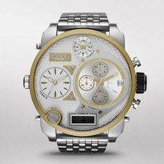 Wonderfull watch made by Diesel timePieces.