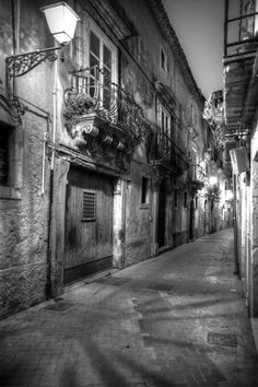 Syracuse by Night by Grégory Loth on 500px