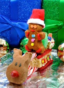 Use PEEPS® to Make a Christmas Candy Sleigh - Easy & edible Christmas craft