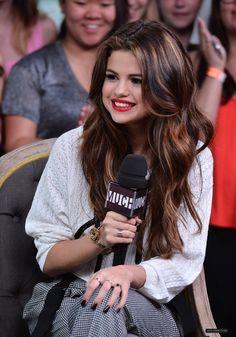 Selena Gomez: su look más chic en Toronto (Fotos) Selena Selena, Selena Gomez Linda, Fotos Selena Gomez, Selena Gomez Cute, Selena Gomez Pictures, Selena Gomez Style, Justin Selena, Marie Gomez, Hollywood Celebrities