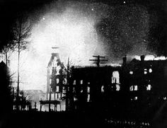 Battle Creek Sanitarium fire, Feb. 18, 1902 (just before the main tower fell)
