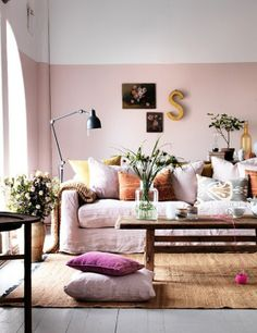 love everything about this room. I wouldn't go for pink walls myself but it totally works here.
