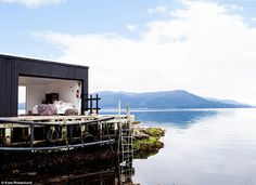 WEEKEND ESCAPE: UNSPOILT SATELITE ISLAND, TASMANIA | THE STYLE FILES