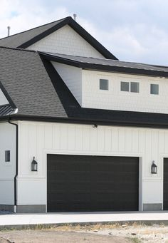 Modern House Colors with Brown Roof. 20 Modern House Colors with Brown Roof. Fresh Color Palettes for A Brown Roof Lp Smartside White Exterior Paint, White Exterior Houses, Exterior Paint Colors For House, Modern Farmhouse Exterior, Paint Colors For Home, Black Trim Exterior House, Garage Paint Colors, Paint Colours, Exterior Paint Color Combinations