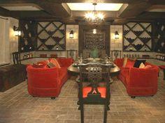 Wine Lounge / Cellar