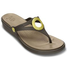 You'll love the stylish look of the Sanrah from Crocs with its metallic ring and the signature comfort of its Croslite. Wedge Flip Flops, Beach Flip Flops, Flip Flop Shoes, Flat Sandals, Women's Shoes Sandals, Flats, Luxury Shoes, Brogues, Ideas