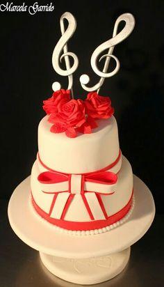 Torta novios rosas rojas