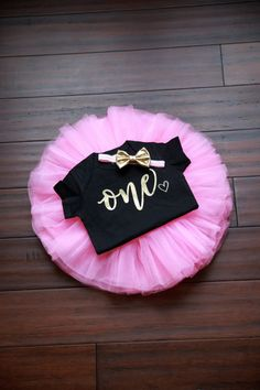 1st Birthday Outfit Girl Pink Gold Tutu by TheWhiteInviteGifts  This 1st Birthday Girl Outfit including a pink tutu, birthday girl shirt and gold bow is the perfect outfit for her first birthday party or cake smash and is sure to have everyone asking you where you got this precious outfit.