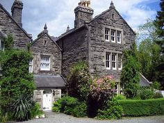 Self Catering Cottages, Snowdonia, Bed And Breakfast, Outdoors, Cabin, Mansions, Website, House Styles, Building