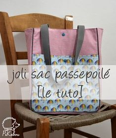 DIY - le Joli sac passepoilé [tuto] Plus Basket Drawing, Locker Decorations, Fitness Gifts, Basket Bag, Team Gifts, Simple Bags, Hacks Diy, Retro, Diaper Bag