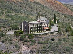 16 of the Most Fascinating Ghost Towns in the U. - Page 8 - TripsToDiscover Abandoned Cities, Abandoned Amusement Parks, Abandoned Houses, Abandoned Mansions, Spooky Places, Haunted Places, Cool Places To Visit, Places To Travel, Bagdad