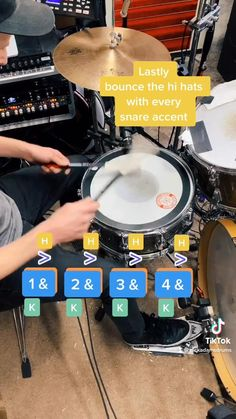 This is a basic drum lesson. Learn a country music train beat in under 30 seconds //Beginner drum lesson // Train beat tutorial