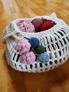 방울뜨기~~보빌이나 가방포인트로 ^^ 가방 모양뜨는방법 링크해요~ : 네이버 블로그 Merino Wool Blanket, Knots, Knitting, Crochet, Trapillo, Crocheting, Wool Blanket, Breien, Tricot