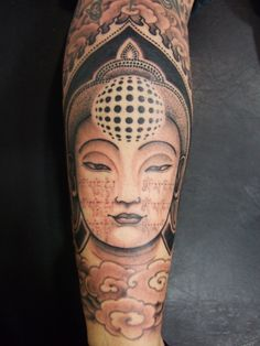Tattoo by: Jondix  He works at LTW (Barcelona, Spain). He's a brilliant artist specialised in geometric and buddhist related stuff.