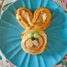 Super cute idea for Easter morning.  We could make these for neighbors too!