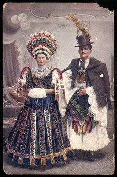 Matyó bride and groom