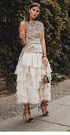 Cool 49 Inspiring Casual Summer Wedding Guest Dresses - Plus Size Wedding Guest Dresses - Ideas - Wedding interests Plus Size Wedding Guest Dresses, Plus Size Dresses, Wedding Dresses, Wedding Skirt, Party Mode, Look Street Style, Casual Summer Dresses, Dress Summer, Mode Inspiration