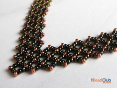 Seed Bead Necklace Pattern - Right Angle Weave Tutorials - Beading Patterns and Tutorials - Beadweaving Tutorials - Alanis Necklace Beaded Necklace Patterns, Beaded Bracelets Tutorial, Jewelry Patterns, Beaded Jewelry, Jewelry Ideas, Bead Crochet Patterns, Bead Embroidery Patterns, Beading Patterns, Loom Patterns