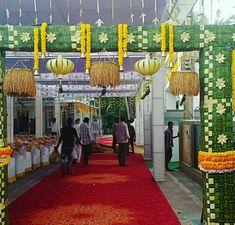 Hall Decorations, Wedding Stage Decorations, Garland Wedding, Flower Decorations, Wedding Events, Wedding Ceremony, Steel Gate Design, Ethnic Home Decor, Telugu Wedding