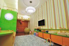 Полосатая детская / Дизайнеры из бюро 3D оформили комнату для четырехлетнего ребенка. Комната получилась яркой и живой, где каждый объект является неотъемлемой частью другого элемента интерьера, а геометрия всей комнаты завязана между собой.