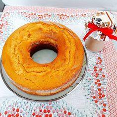 E uma mergulhada no nosso Bolo de Cenoura com Calda de Brigadeiro. #bolodecenoura #brigadeiro 🌱🐟🐄🍫🍰 @donamanteiga #donamanteiga #danusapenna #amanteigadas #gastronomia #food #bolos #tortas www.donamanteiga.com.br