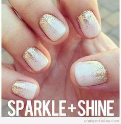 Gold and white nails cute nails beautiful glitter gold pretty nails dreamy gold nails white nails How To Do Nails, Fun Nails, Prom Nails, Weddig Nails, Homecoming Nails, Xmas Nails, Sexy Nails, Graduation Nails, Chic Nails