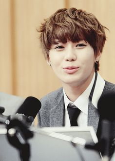 Happy 22nd Birthday to our dearest Taemin @ Lee TaeMin. May this year brings tonnes of joy & hapiness to you, to SHINee and fandoms all around the world. You are the one who captured my heart with your matured looks in RDD MV and noona will always fall for that looks all over again. Love, #elleroslan noona.