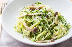 Spiralized Zucchini Pasta with Sauteed Mushrooms
