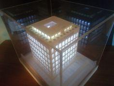#HistoricalArchitecturalModels #shoppingonline #PalazzodellaCiviltà #Colosseoquadrato #eur #roma #fendi #architecture #architecturalmodel #plasticoarchitettonico #maquette #maqueta #model #scalemodel