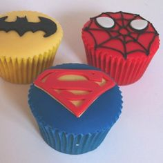 Super hero Cupcakesg Thougt this might be fun for Jaxsen's birthday this year