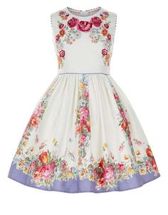 3383887515516 Gorgeous New Fashion Fit for a Prince or Princess