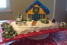 Homemade Christmas House Cake... This website is the Pinterest of Christmas cakes