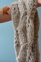 Ravelry: Botánica Cowl pattern by Martha Tremblay-Cohen