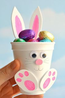 How to make foam cup bunnies diy foam cup easter bunnies bunnies cup diy easter foam 50 adorable easter treats that are almost too cute to eat! Bunny Crafts, Easter Crafts For Kids, Kids Diy, Easter Baskets To Make, Rabbit Crafts, How To Make Foam, Diy Ostern, Easter Activities, Fun Activities