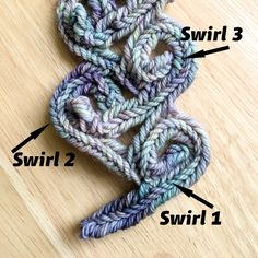 Shy Red Fox: Karman Vortex Scarf PDF Pattern for Nalbinding - now available!