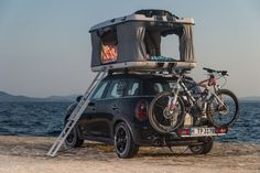 Ha! Camping tent on a MINI - Countryman ALL4 Camp