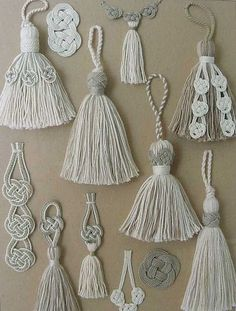 White Tassels with Decorative Trimmings ~ by Carol Blackburn .This Pin was discovered by hatA variety of tassel designs -Hand made tassels.trio tassel tie back Diy Tassel, Tassel Jewelry, Diy Jewelry, Tassels, Tassel Necklace, Yarn Crafts, Diy And Crafts, Arts And Crafts, Leaf Crafts