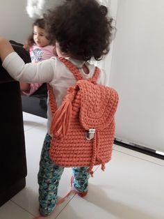Shoulder Bag, Bags, Fashion, Crochet Pouch, Handbags, Moda, Fashion Styles, Shoulder Bags, Fashion Illustrations