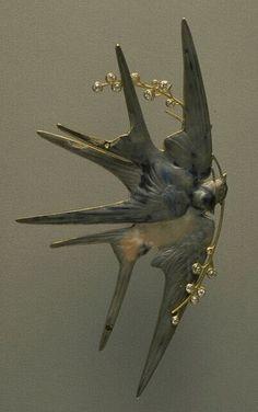 Lalique ca.1900 Brooch